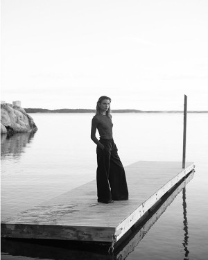 Thea Lewis-Yates Stylist 684