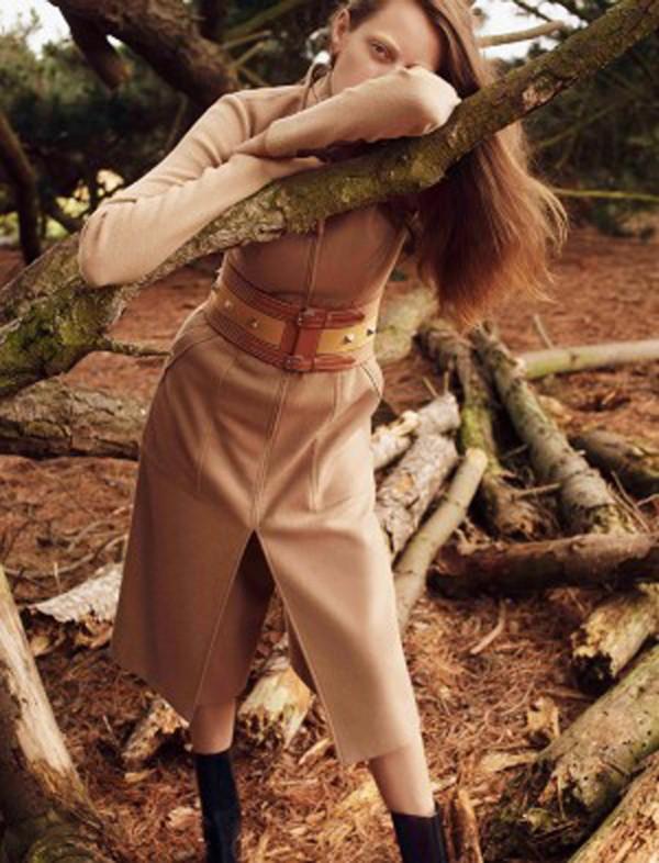 Thea Lewis-Yates Stylist 927