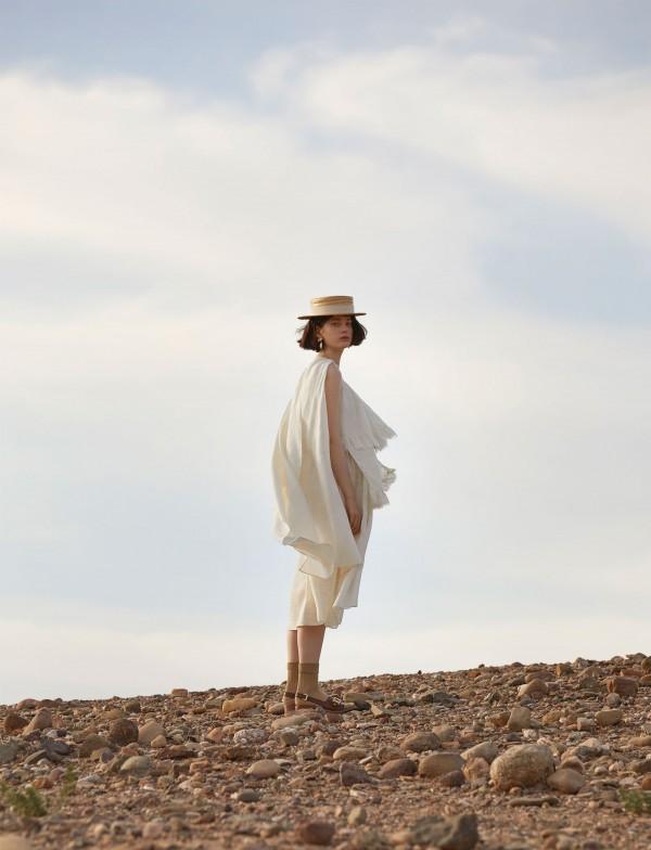 Thea Lewis-Yates Stylist 2077